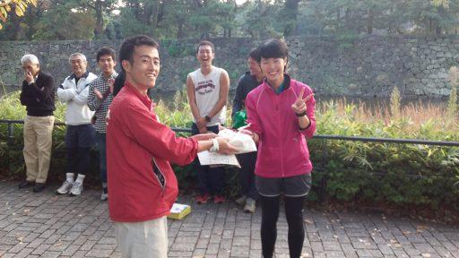 女子賞は4年小林さん!いい笑顔ですね